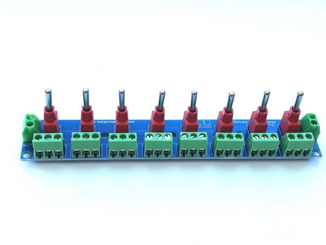 RKtoggle4 Toggle Switch Module for Model Railway  - Constructed
